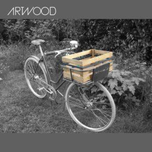 Fahrradkiste als Picknickkorb beim Sonntagsausflug