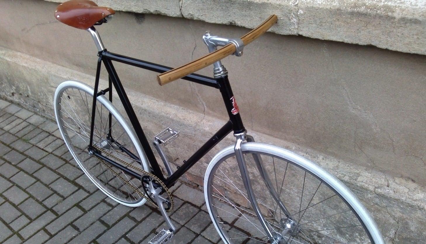 Fahrradlenker »Wilhelm« Holz an einem Fixie Bike | Art-WooD
