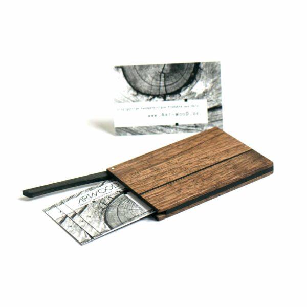Holz Visitenkartenetui »Leyla« aus amerikanischem Nussbaum mit geölter Oberfläche