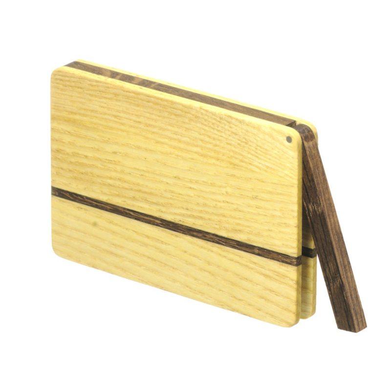 Visitenkartenetui aus Holz. Esche hell. Modell »Sophie« in abgerundeter Form