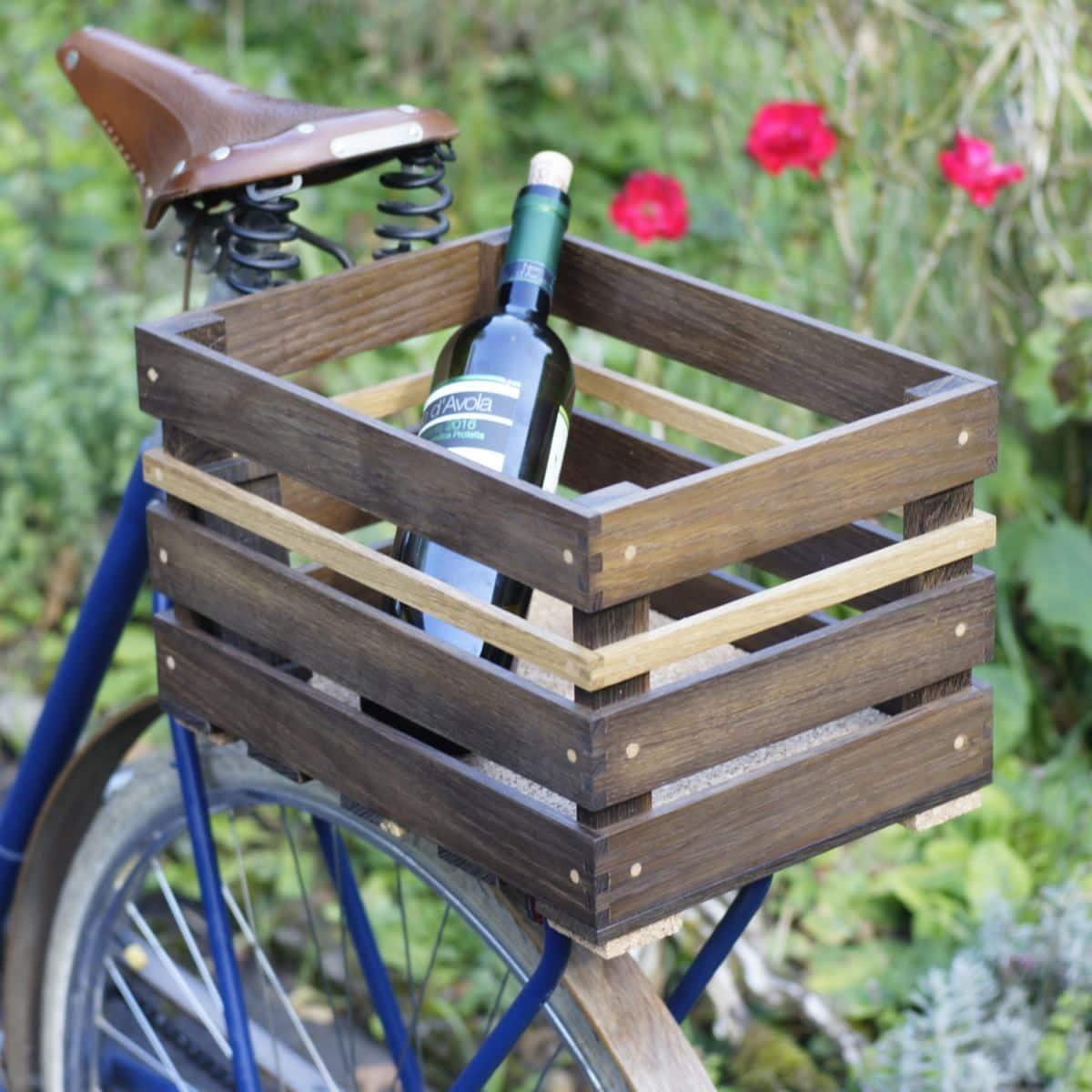 Fahrradkorb Fahrradkiste aus dunklem Eichenholz. Edles Design.