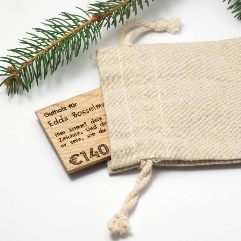 Geschenkgutschein »Gutholz« aus Holz mit Stoffbeutel von ARTWOOD