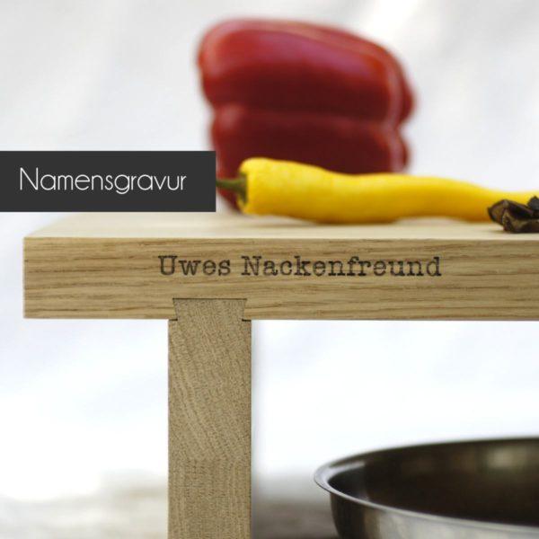Holz Schneidebrett »Clara« aus Eiche mit Namensgravur.