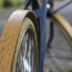 Holz Schutzblech aus Eiche Detailansicht