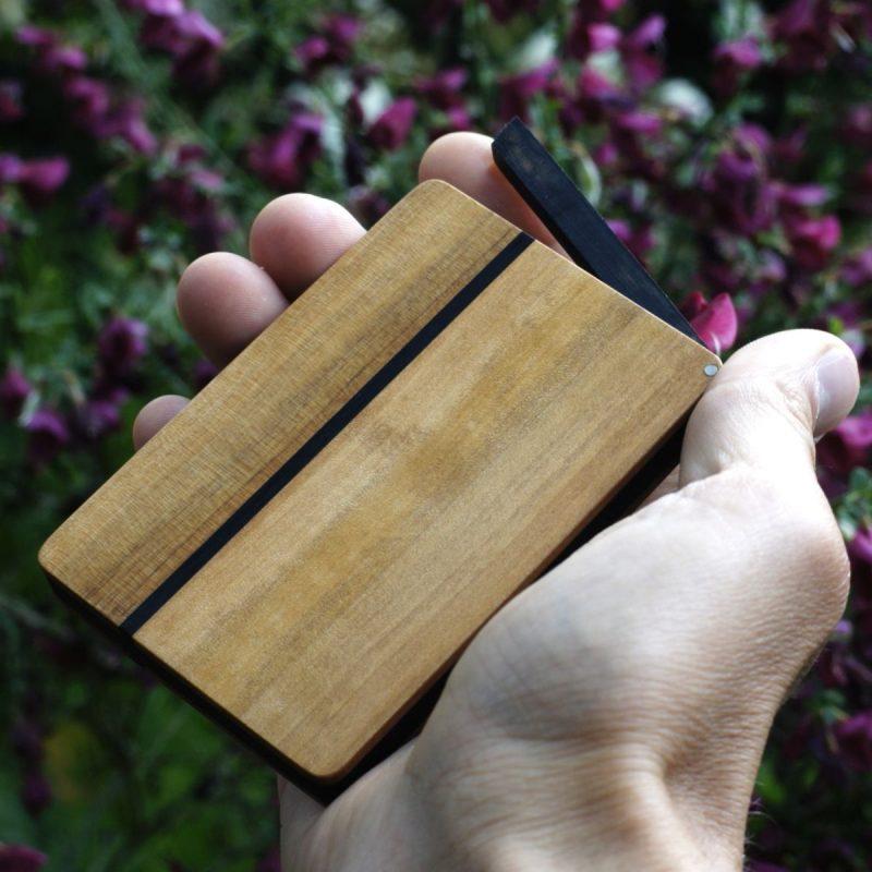 Kreditkartenetui »Helene rondo« aus Birnbaum Holz