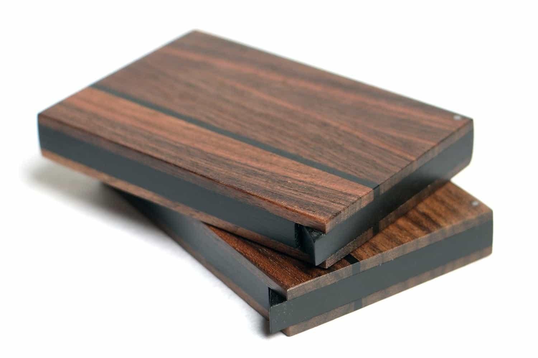 Grosses Holz Visitenkarten Etui dunkel