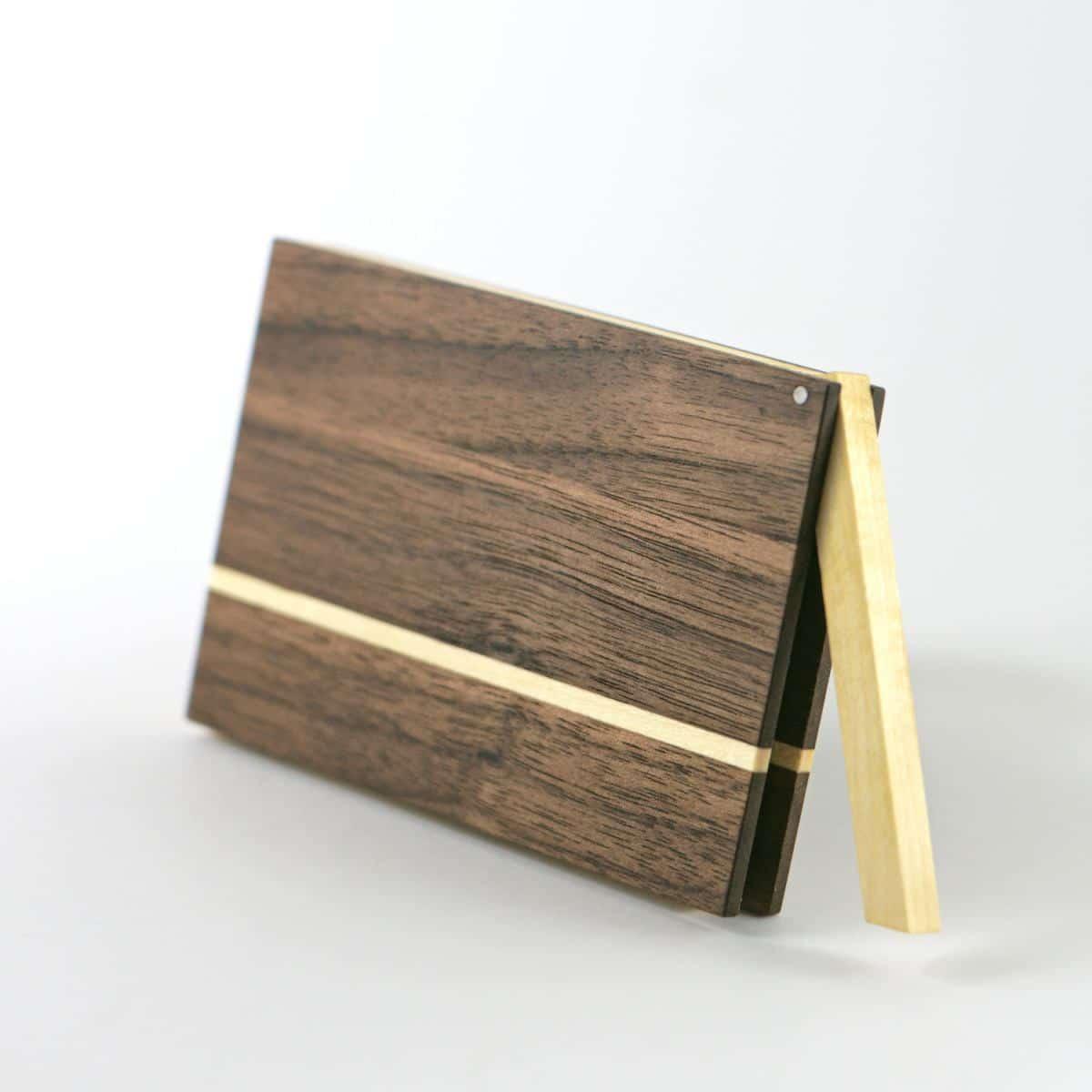 holz visitenkartenetui akemi art. Black Bedroom Furniture Sets. Home Design Ideas