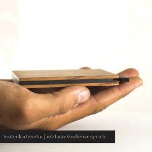 Das Visitenkartenetui »Zahira« aus Zwetschgenholz hat ein Fassungsvermögen von ca. 5-7 Visitenkarten